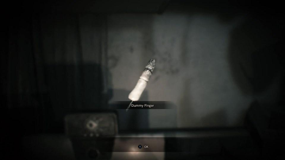Resident Evil 7 палец
